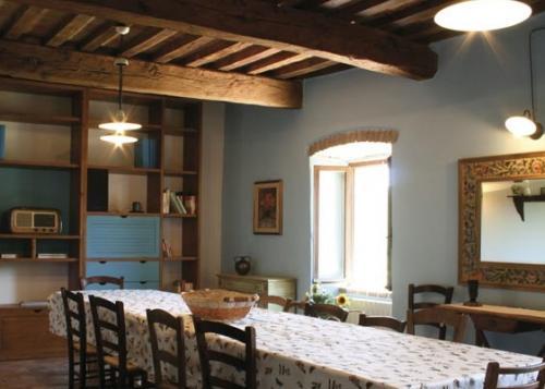 Agriturismo la casa di valcerosa pietralunga bella umbria for Case ristrutturate immagini
