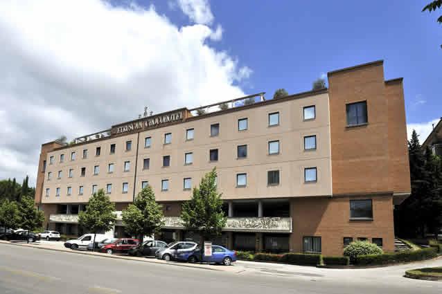 laura brunelli perugia hotels - photo#9
