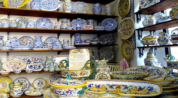 Deruta Ceramics: Ceramics and Pottery from Deruta | Bella Umbria