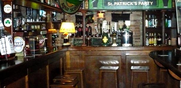 Pub umbria bella umbria for Arredamento pub irlandese