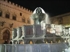 fontana-maggiore-perugia-umbria1