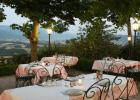 agriturismo-gubbio-villa-dama-esterno-risto2
