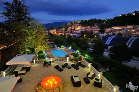 From Villa Fiorita to 2016 Eurochocolate - 4 nights