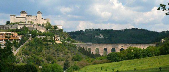 La Rocca, Spoleto, bij landgenoten, bij Belgen, Vlamingen, Italië, Umbrië